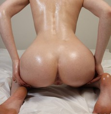 Oiled up Amateur Babe, big young ass