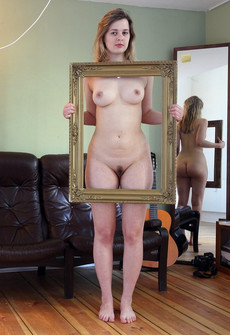 Fully naked girlfriend posing in the..