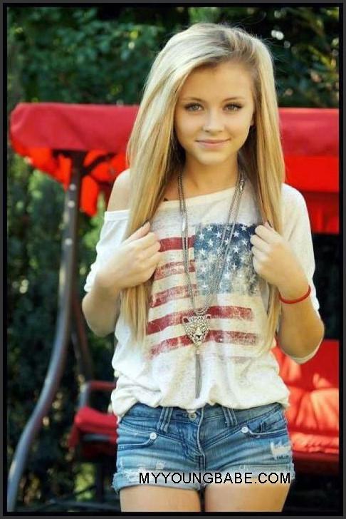 Cute Young Girl With Long Hair Blonde From America Img 1: cute teenage girls pics